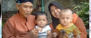 Laki-laki dan perempuan adalah orang tua yang sama haknya pada anak-anak mereka (gambar diunduh dari Google.com)