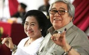 Taufiq Kiemas, Sosok Negarawan dan Sang Motivator, bersama Presiden V RI Hj.Megawati Soekarnoputri