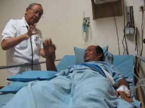Pengobatan dan Pelayanan Kesehatan Tanpa Diskriminasi Agama & Etnis