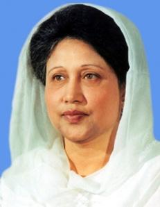 Khaledah Zia, PM Bangladesh, hanya memakai kerudung longgar, tanpa jilbab dan cadar